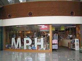 bookstore-klcentral.jpg